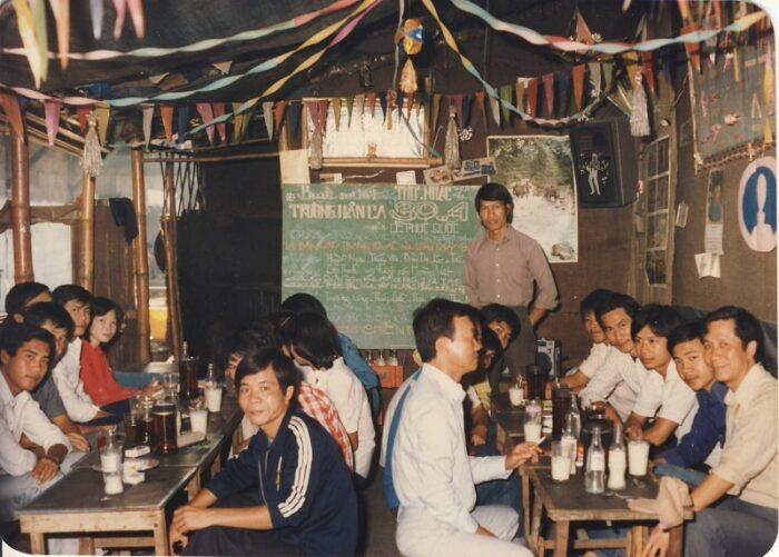 1ramat Thc 30 4 Sikiew Cuoi Dong 1983