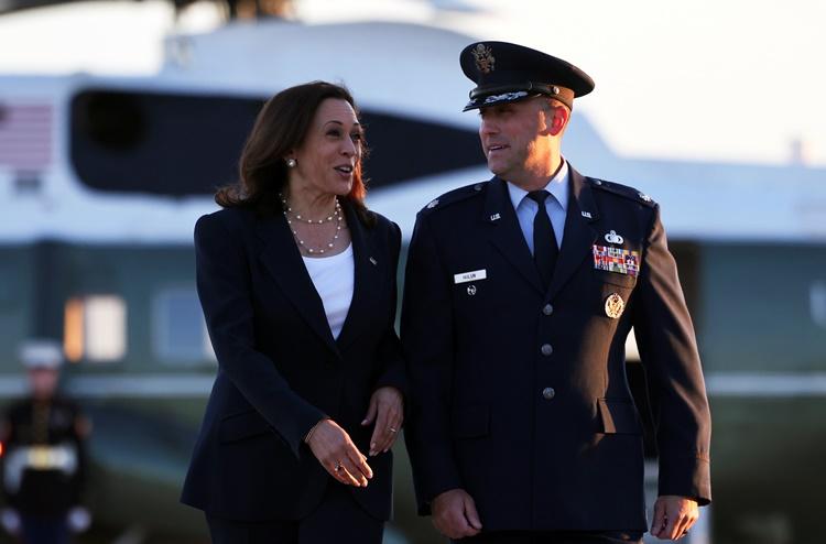 Phó tổng thống Harris trong chuyến thăm El Paso, Texas, ngày 25/6. Ảnh: Reuters.